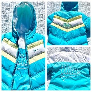 NIKE Puffer Hoodie Jacket Reversible super Cute!